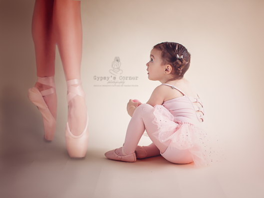 WNY Children Photographer | Gypsy's Corner Photography | www.gypsyscornerphotography.com