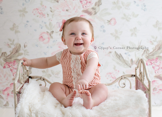 Williamsville Baby Photographer|Sitter session