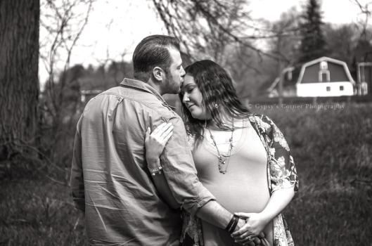 WNY Baby Bump Photographer | Gypsy's Corner Photography