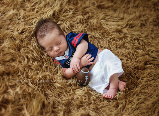 Buffalo NY Newborn Photography| Football Newborn Boy| www.gypsyscornerphotography.com