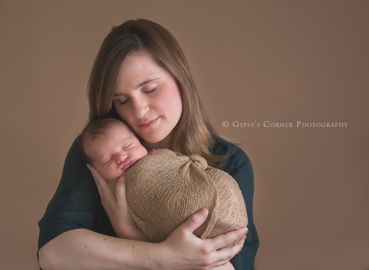 Buffalo Newborn Photographer| Moms Love|Gypsy's Corner Photography