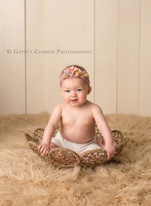 Buffalo NY Child Portraits|Baby Girl in bowl|Gypsys Corner Photography-48Web